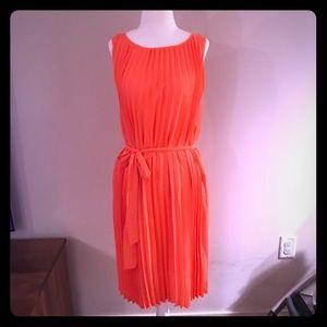 BANANA REPUBLIC orange pleated dress